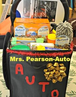 Miss Gross-Sweet Treats, Food v