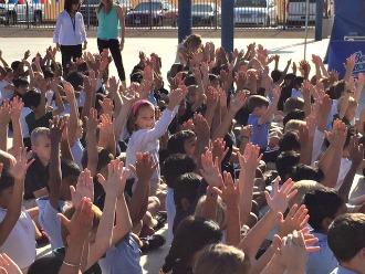 pep rally hands rsz